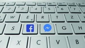 Facebook quiere que subas tus fotos íntimas a Messenger-2